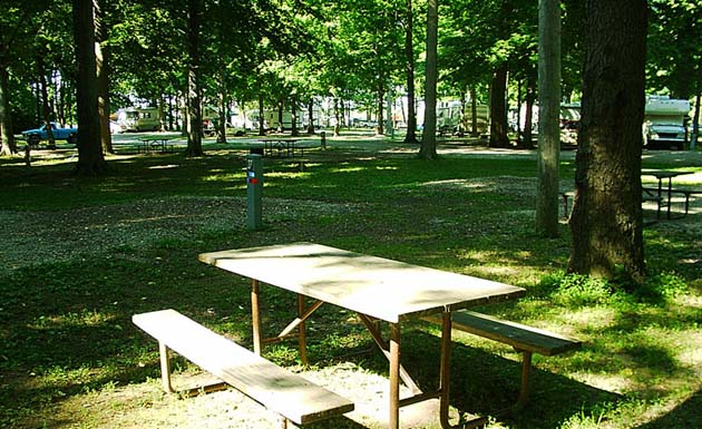 JohnnyAppleseed Campground Picnic area