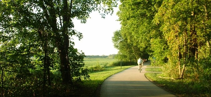 Fort Wayne Rivergreenway Bike Path -  Fort Wayne, Indiana - Best Photos - Pictures - Pics - Pix - Photo Gallery -