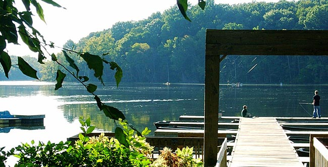 The Fort Wayne Rivergreenway is about an hour by car from Chain O'Lakes State Park - Albion, Indiana