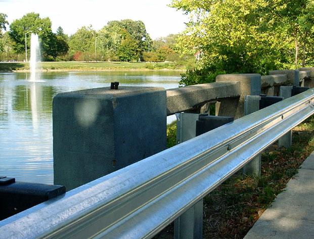 Lakeside pond  -  Bridge - Guard Rail